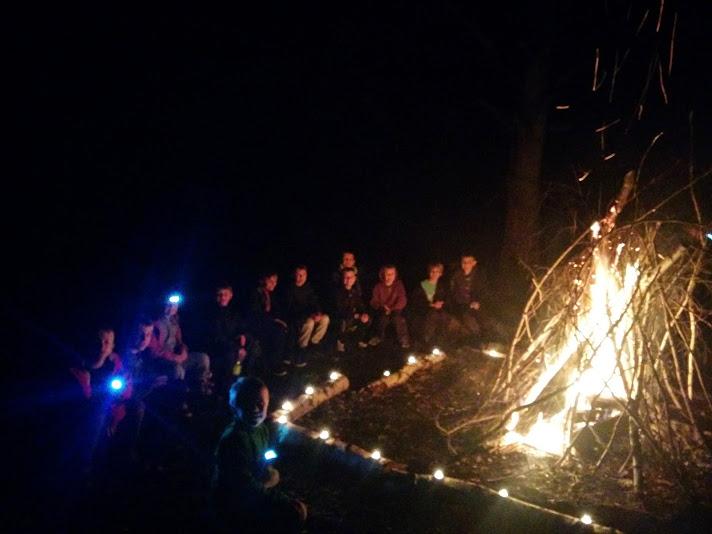 07_camp_fire