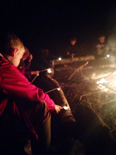 08_camp_fire